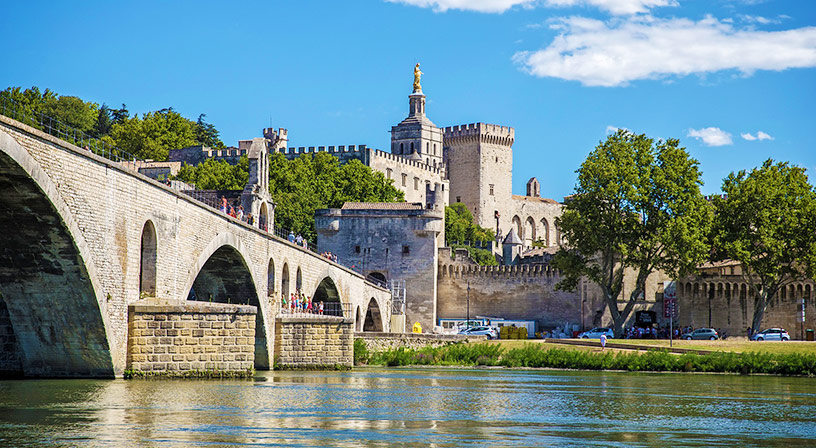 bridge of avignon