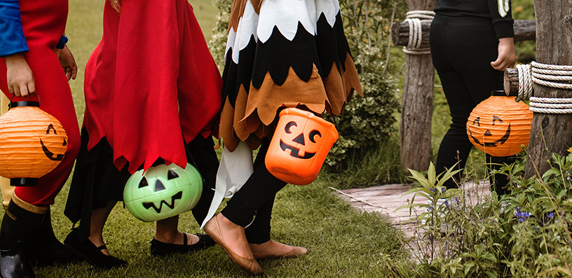 trick-or-treating-jackolantern-halloween